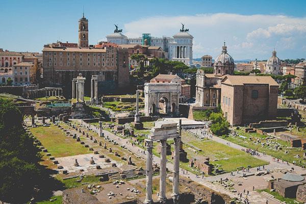 Прокат машин в Риме