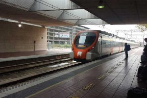 Поезд в аэропорту Барселоны