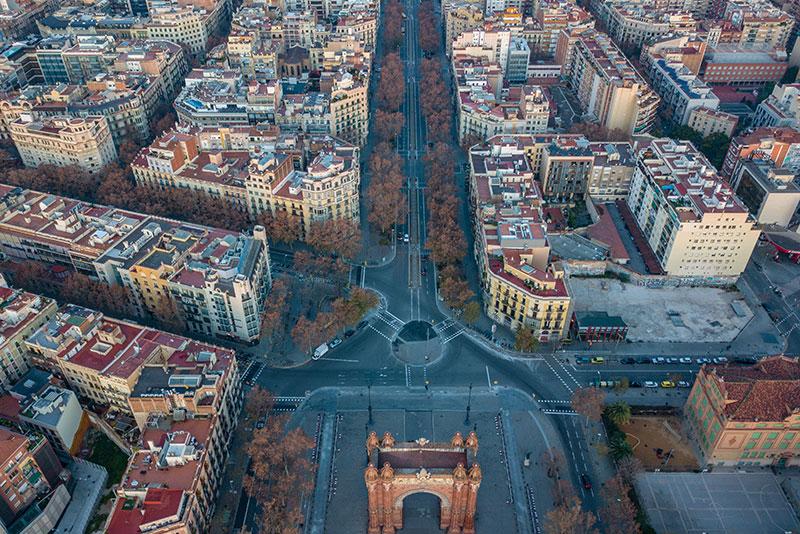 Путешествие по Барселоне на автомобиле