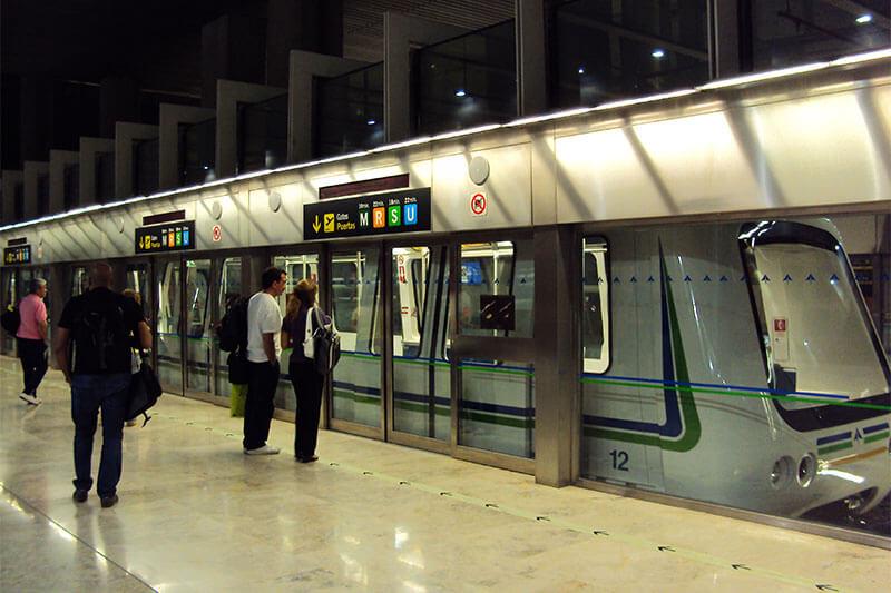 Метро в аэропорту Мадрида